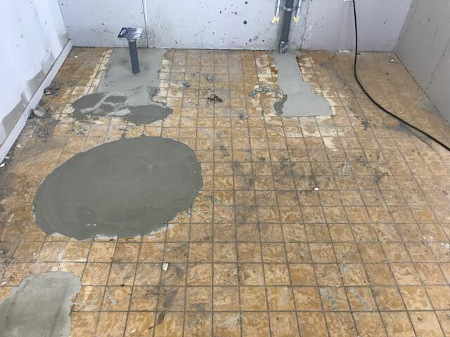 Vloer vloeistof dicht maken